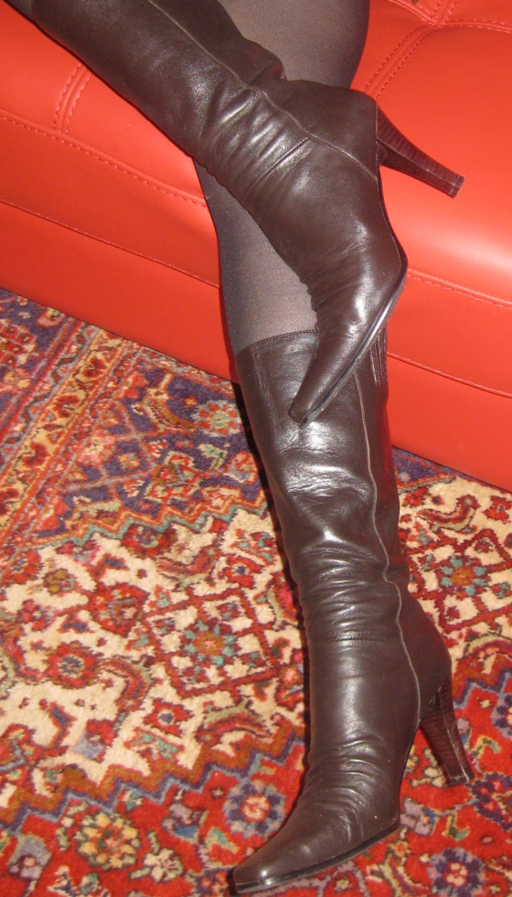 Boots Stocking 119