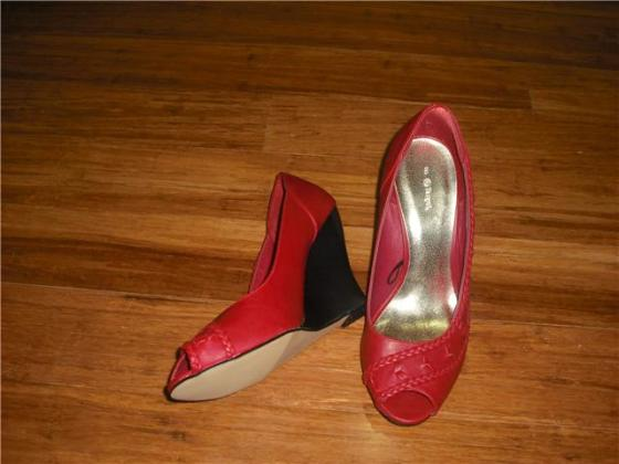 Bern Morley's Red Wedges