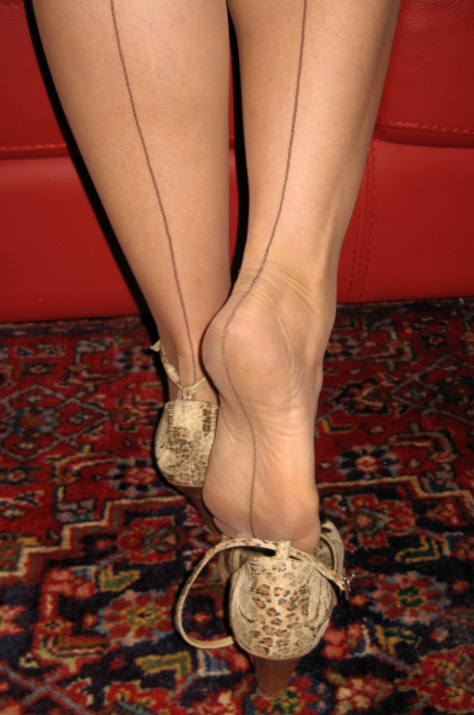 FFS Stockings; Seamed Stockings: Vintage Stockings: 50s Stockings